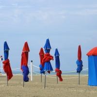 DEAUVILLE--Les-parasols
